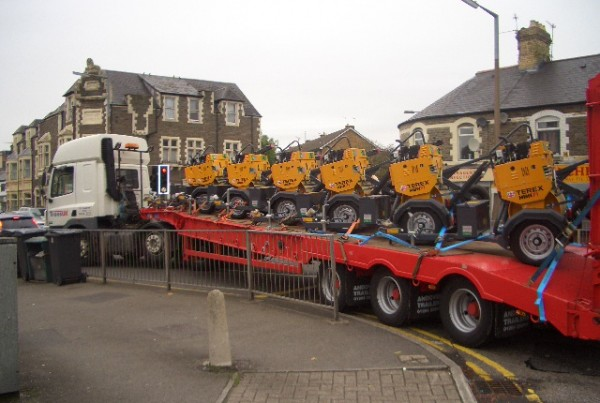 Trans UK Haulage crane hire and low lowder hire specialists (2)