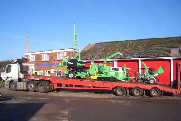 Trans UK Haulage crane hire and low lowder hire specialists